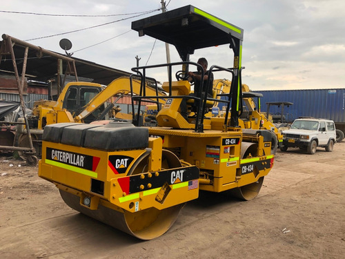 1999 Vibrocompactador Caterpillar Cb-434
