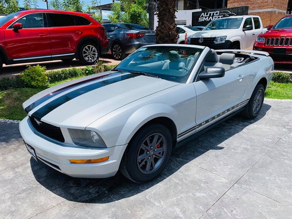 Ford Mustang Modelo 2005