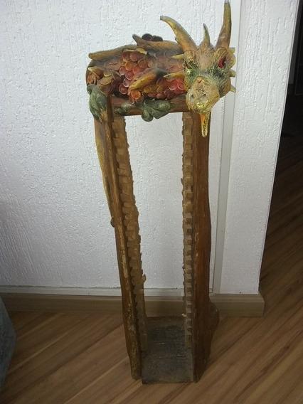 Porta Cd Antigo De Madeira Com Escultura De Dragão