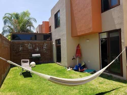 Casa En Céntrico Y Tranquilo Condominio Con Amenidades Puert