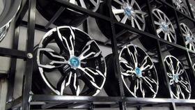 Jogo Roda Audi Rs3 Aro15 Fiat Vw Ou Gm +parafusos+bicos