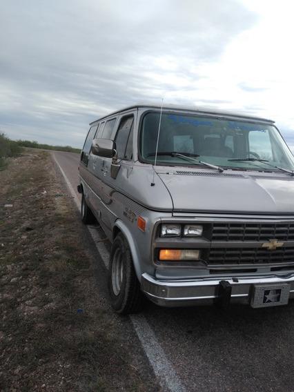 Chevrolet Chevy Van Starcraf