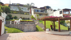 Casa En Las Lagunas Con Espectacular Vista ( Negociable)