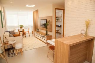 Apartamento De 2 Quartos, Sendo 1 Suíte Na Enseada Do Suá - 2437