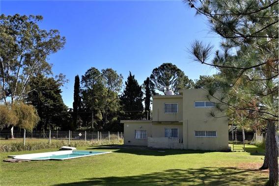 Venta Casa Pileta Barrio Parque Exaltación