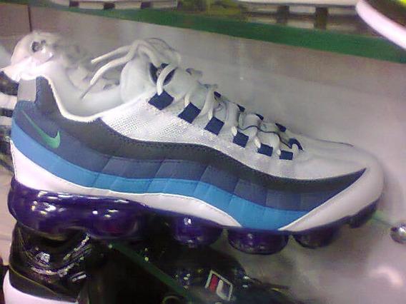 sports shoes fdde4 e6361 Air Max 95 Plus Nike Masculino 39 - Tênis Training Branco ...