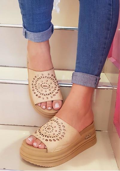 Sandalias De Mujer Con Plataforma Alta Faja Calada Tachas