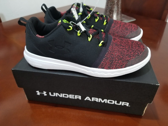 Tenis Under Armour Charged 24/7 Low Sneakers Original Oferta