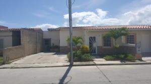 Casa En Venta Ciudad Alianza Guacara Carabobo 19-19446 Yala