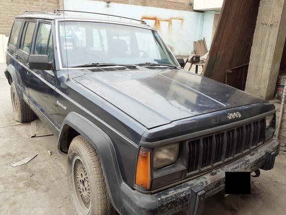 Camioneta Rural Jeep Cherokee 1990 4x4