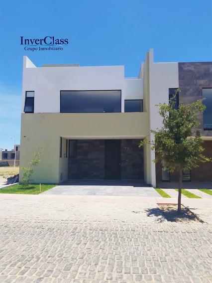 Hermosa Y Moderna Casa De 3 Niveles En Venta