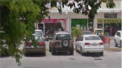 Negocio Y Local En Traspaso, Plaza Comercial, Playa Del Carm