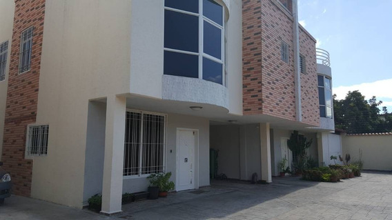 Maison Vende Townhouse En La Floresta 04243743396