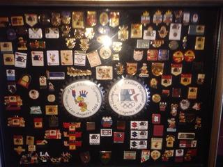 Cuadro Con Coleccion De Pins Olimpicos Usa 1984