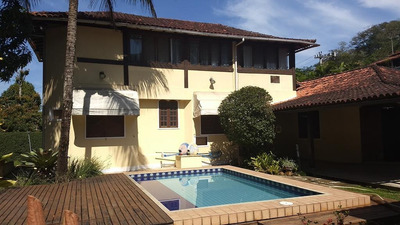 Casa Em Serra Grande, Niterói/rj De 372m² 4 Quartos À Venda Por R$ 1.200.000,00 Ou Para Locação R$ 2.950,00/mes - Ca212076