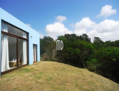 Imagen 1 de 11 de Preciosa Casa,comoda Para Descansar- Ref: 5538