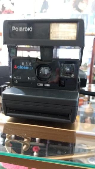 Máquina Fotográfica Antiga Polaroid.