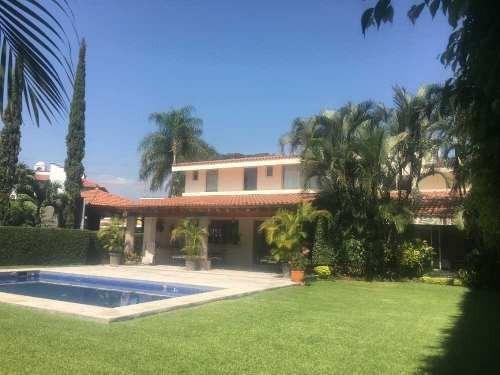 Casa En Privada En Kloster Sumiya, Jiutepec, Morelos
