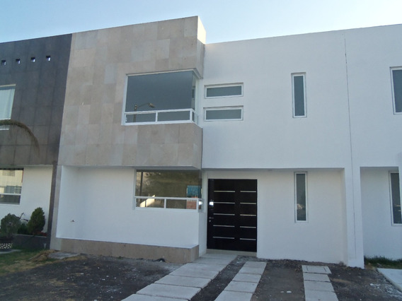 Hermosa Casa Nueva En Las Trojes