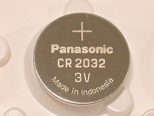 Pila Cmos Cr2032 Latop Litio Uso General Panasonic 3.7v