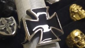 Anel Cruz De Ferro Feito Em Aço Inox Polido Lindíssimo