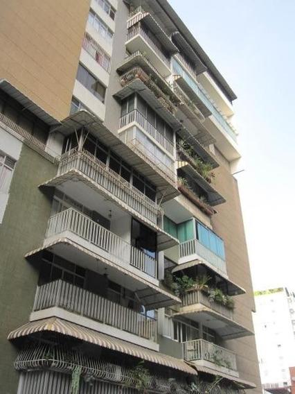 Apartamento En Venta - Los Palos Grandes - 20-13365