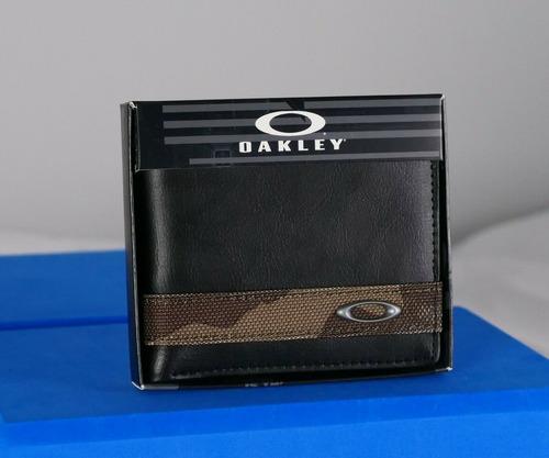 Oakley Cartera De Cuero Negro Con Rayas De Camuflaje Unis...