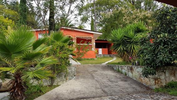 Terreno Con 3 Casas Construidas