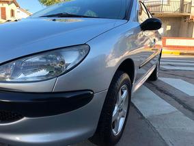 Peugeot 206 1.4 Generation Plus 75cv 2010 Con Accesorios.