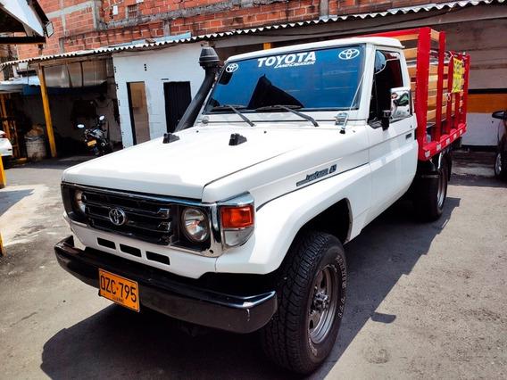Toyota Land Cruiser Carevaca Estacas 4.5 Cc