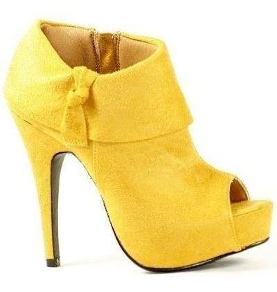 Botinha De Camurça Amarela Pronta Entrega