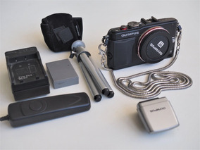 Mirrorless M4/3 Olympus E-pl6 16 Mp + Extras (3 Mil Clicks!)