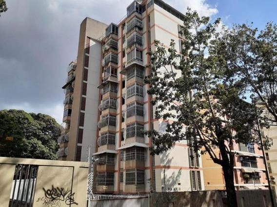 Apartamento En Venta Mls #20-6470