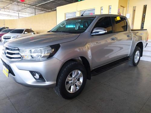 Toyota / Hilux Cd Srv 2.8 4x4  Aut