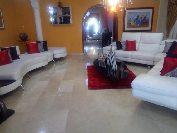Hermosa Y Completa Qta En El Castaño 04265330810