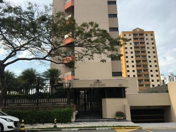 Apartamentos - Com Suíte - 689