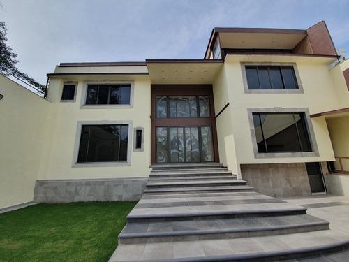 Casa En Jardines Del Pedregal, 4 Recamaras, Jardín, Alberca