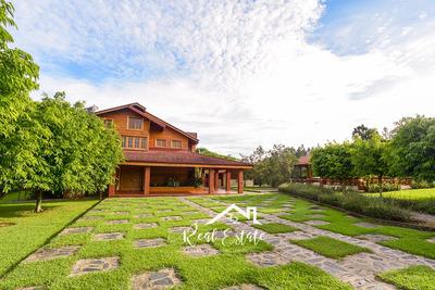 Villa Con Piscina Jarabacoa