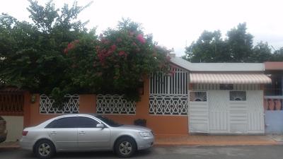 Casa En Residencial Valle Hermoso, Villa Mella