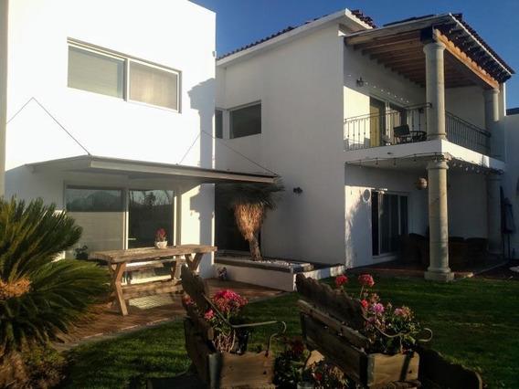 Rento Hermosa Casa Amueblada En Vista Real