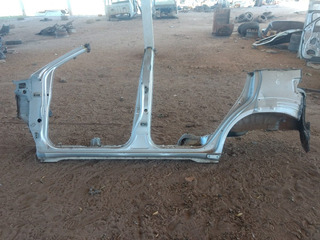 Lateral Toyota Hilux Sw4 L/e 2014