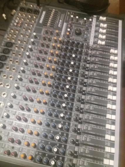 Consola Mackie Pro Fx16