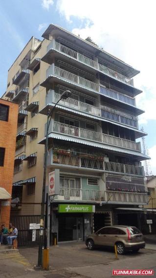 Apartamento En Venta La Carlota..19-3891///