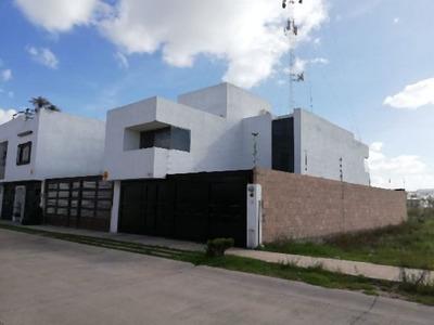 Renta Hermosa Casa Amueblada En Villamagna
