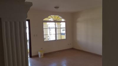 Casa Primer Nivel Ubicada En Barrio Obrero