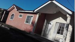 Casa En Zona Residencial Prestigiosa Y De Muy Alta Plusvalía