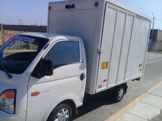 Vendo Hyundai H100 2007 $9990 Conservado