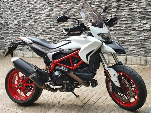 Imagen 1 de 7 de Ducati Hypermotard 939 - Posible Permuta