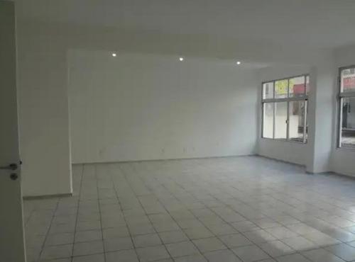 Imagem 1 de 10 de Sala De 460 M² No Centro De Florianópolis - Sa0630
