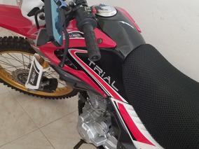 Un Motor Tauro Trial Zr 250